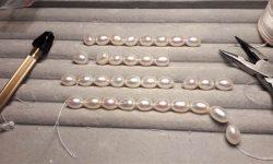 Formation enfilage de perles : colliers, fil et pinces